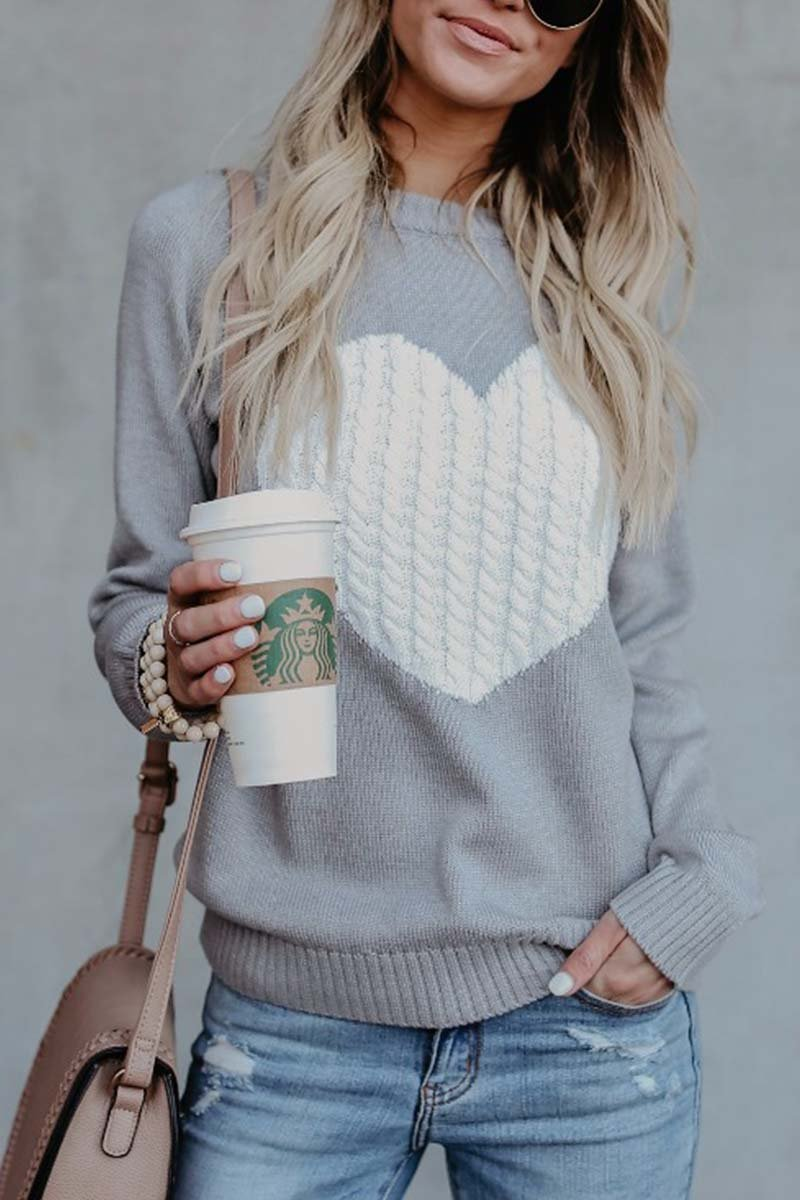 Aptro Heart Shaped Sweater 2 Colors