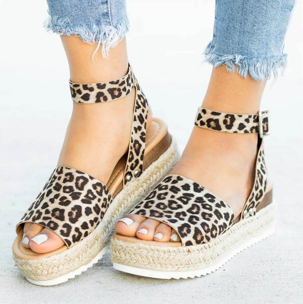 Leopard-Print Hemp Rope Thick Bottom Casual Sandals - Aptro