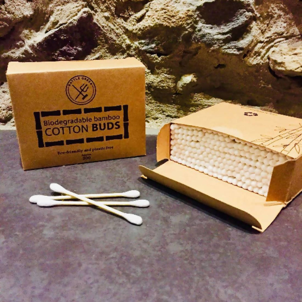 Battle Green Bamboo Cotton Buds x200 - Bamboo Cotton Buds | Humble Market