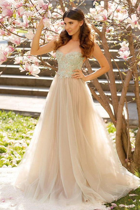 Princess A-line Spaghetti Straps Tulle Sweetheart Prom Dresses With Lace Appliques PFP0908