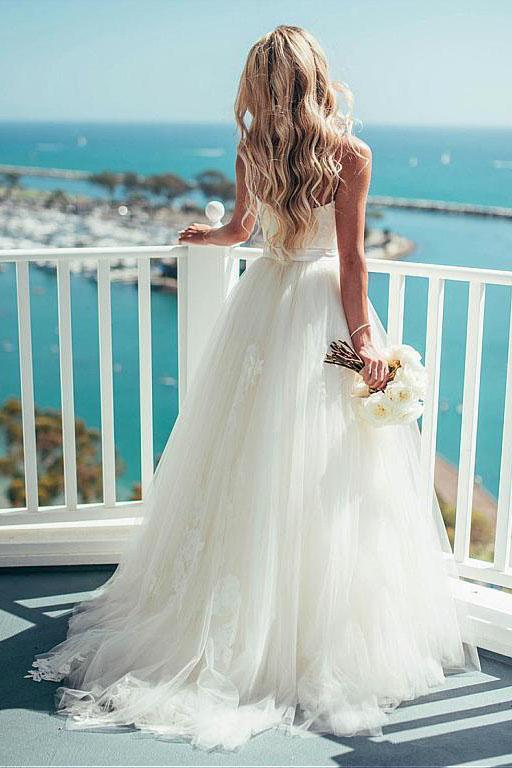 Pretty Spaghetti Straps A-line Tulle Ivory Summer Beach Wedding Dresses,2018 Bridal Gown PFW0225