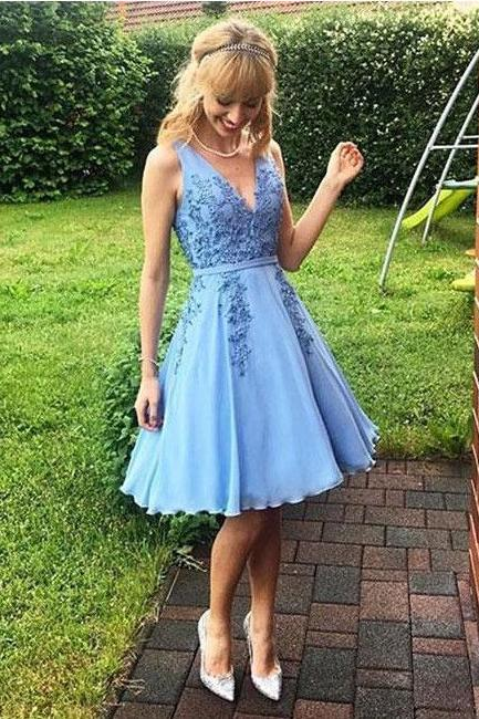 Simple Blue V-Neck Lace Cheap Short Homecoming Dress With Lace Appliques