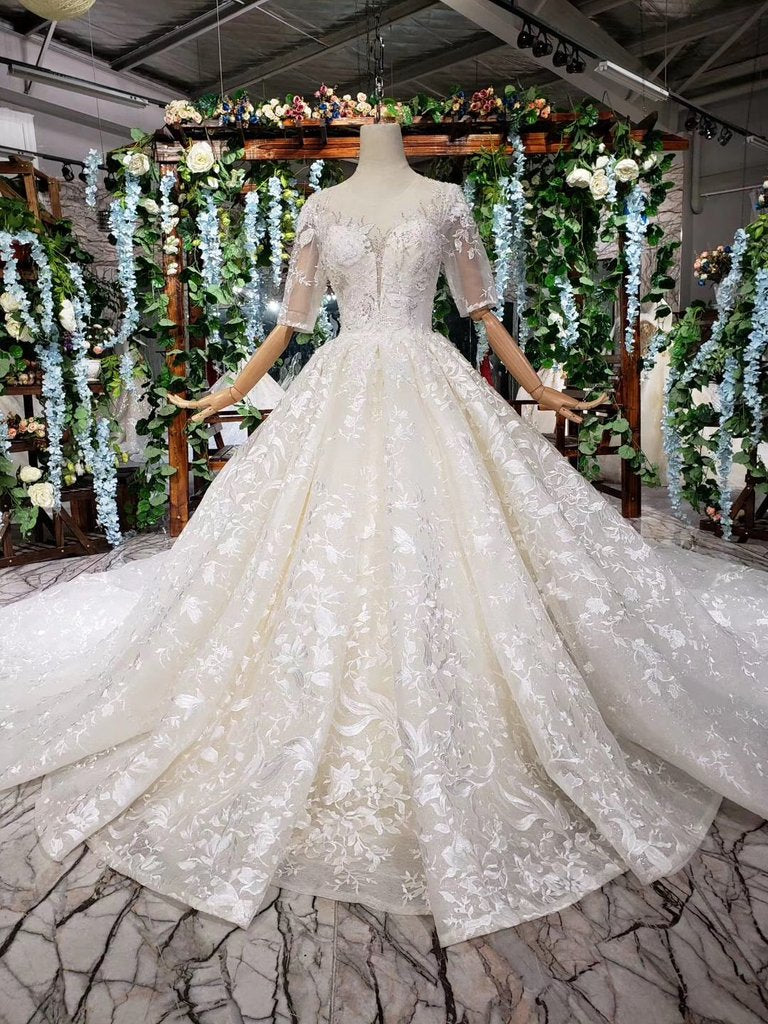 Lace Half Sleeves Ball Gown Wedding Dresses Fashion Beading Big Wedding Gown Pfw0359