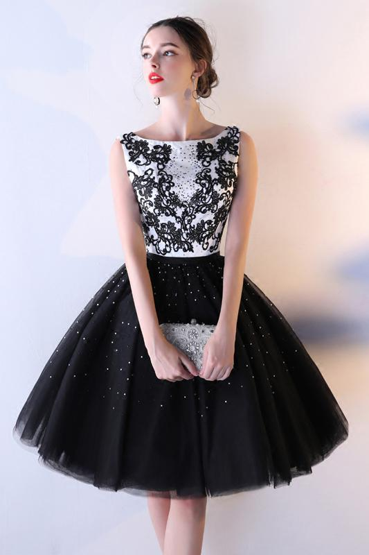 Black Tulle A Line Beading Short Bateau Homecoming Dresses With Lace Top