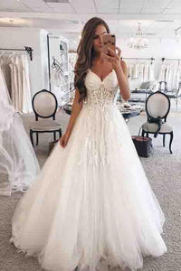 Elegant A-Line Spaghetti Straps Long Tulle Wedding Dress with Appliques PFW0033