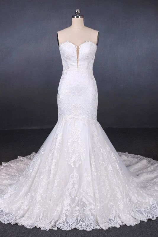Sweetheart Mermaid Lace Appliques Button Back Long Wedding Dress PFW0413