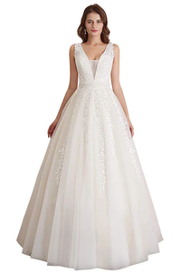 Promfast Elegant A Line Tulle Sleeveless Wedding Dress Lace Appliques Prom Gown PFW0473