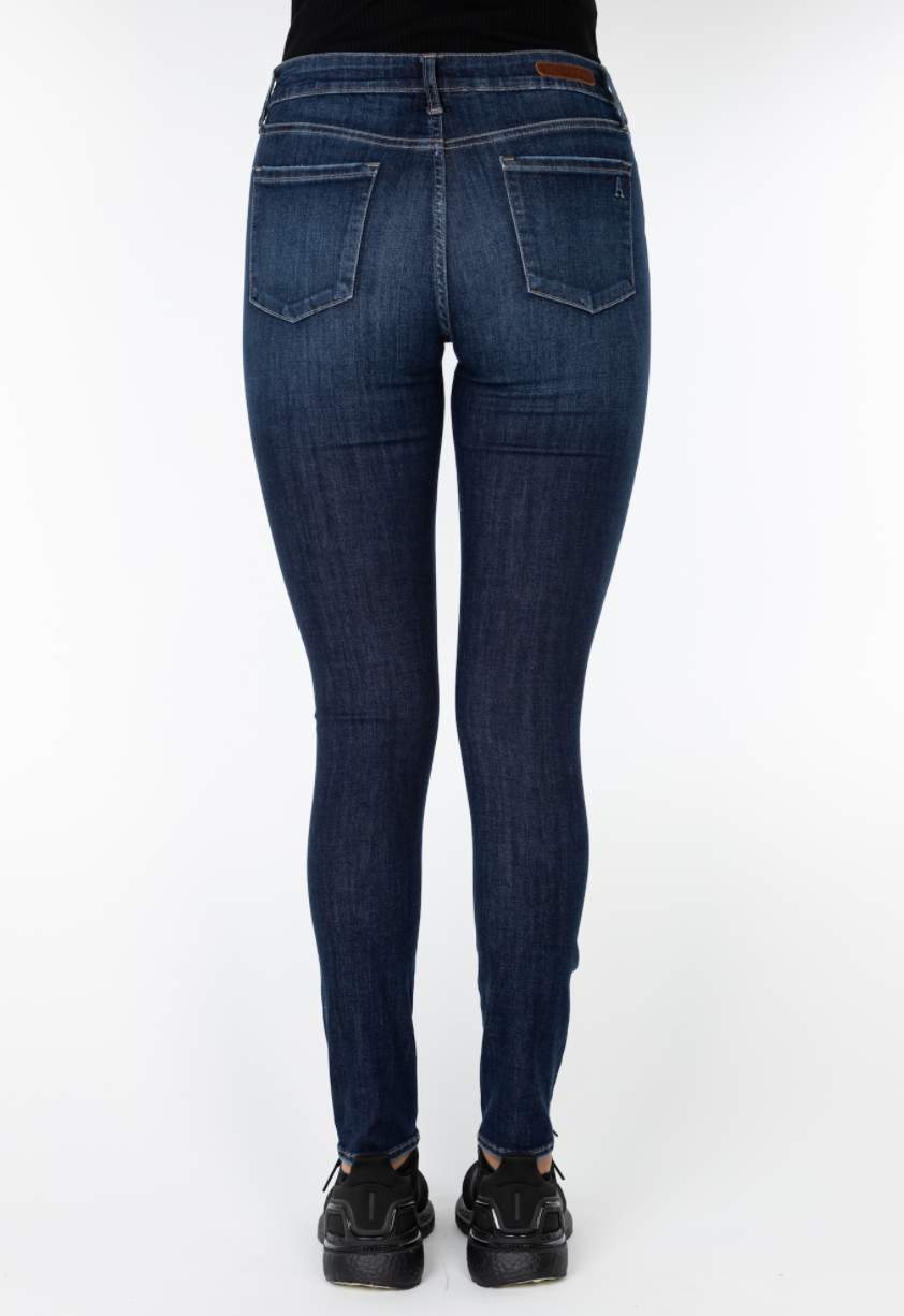 The Sarah Ankle Skinny Jeans by Articles of Society - Bellevue