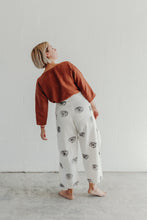 EYE WRAP PANTS
