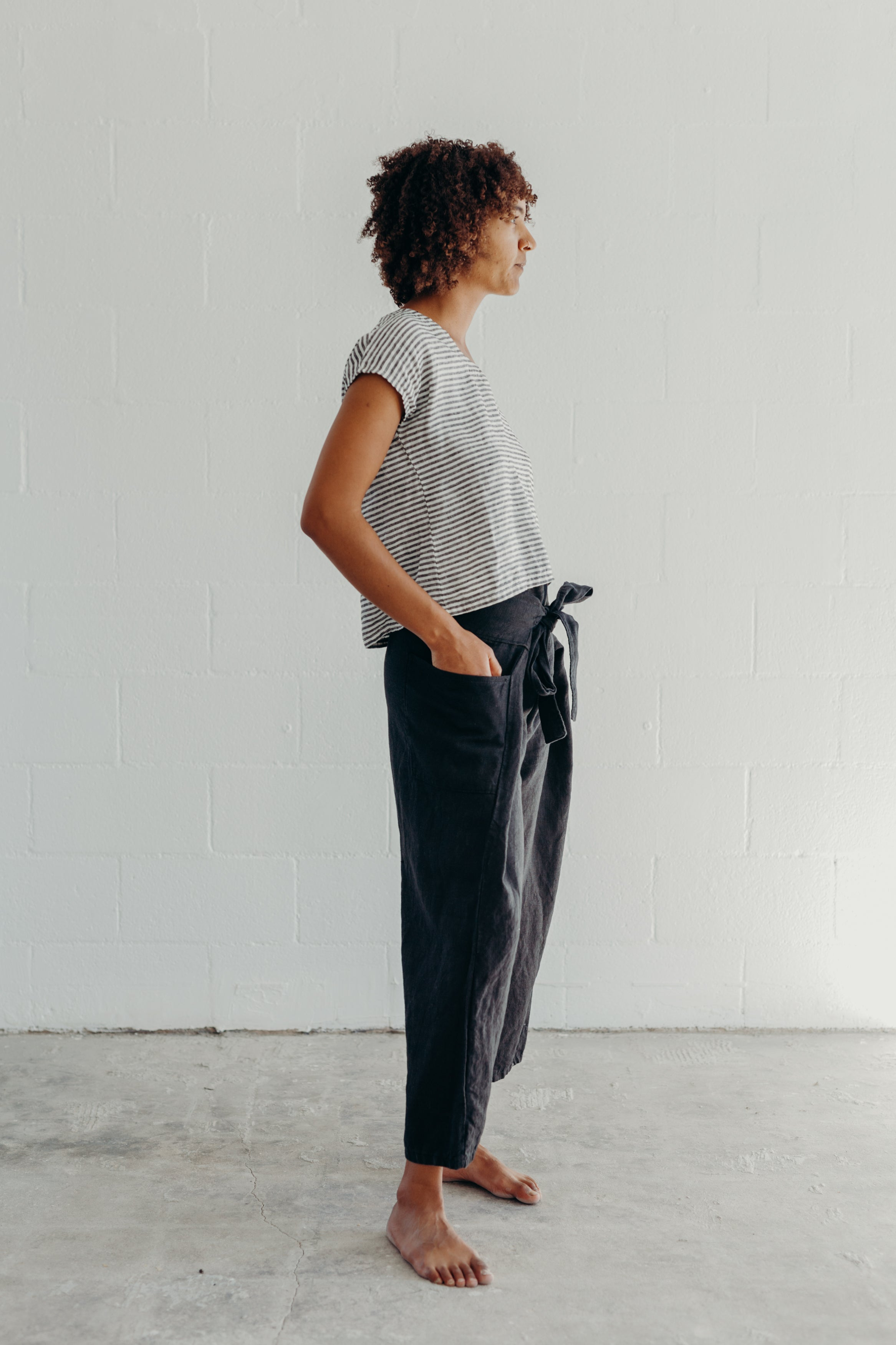 WRAP PANTS / BLACK LINEN