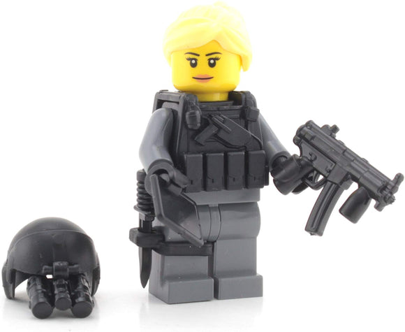 Battle Brick Woman Of Valor Helicopter Pilot (Sku64) Custom Minifigure