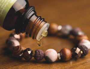 Zengo Aromatherapy Jewelry and Oil Set - Zen