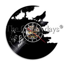 Load image into Gallery viewer, 1Piece Wildlife Wolf Vinyl Record Wall Clock Animal LED Night Light