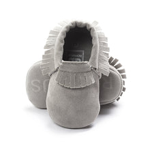 Load image into Gallery viewer, Suede Leather Newborn Baby Boy Girl Moccasins Soft Shoes Fringe Soft Soled Non-slip Crib First Walker