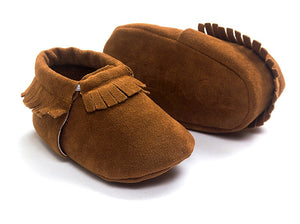 Suede Leather Newborn Baby Boy Girl Moccasins Soft Shoes Fringe Soft Soled Non-slip Crib First Walker