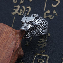 Load image into Gallery viewer, Punk Animal Ring Men Gothic Vintage Silver Wolf Head Stainless Titanium Steel Rings Cool Man Biker Finger Ring Jewelry Anillos
