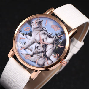 Lovely and elegant fashion quartz  wolf pattern design dial wristwatch