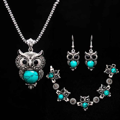 Owl Stone Necklace Set