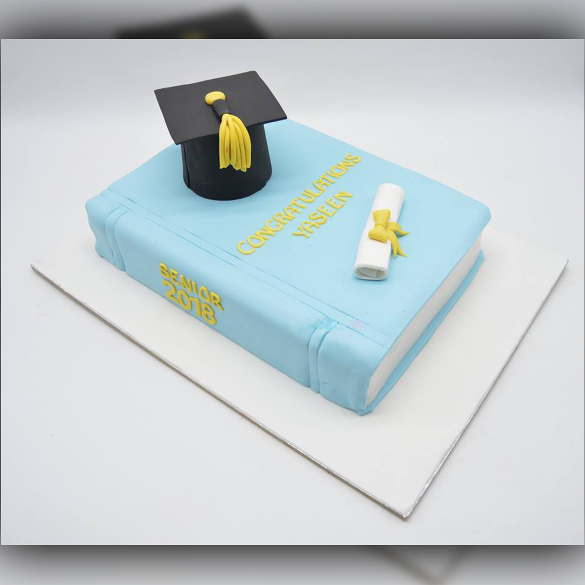 Convocation Cake