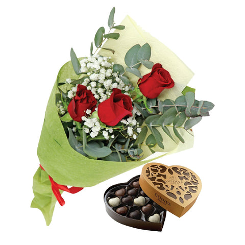 Roses and Gypsophila with chocolate - Arabian Petals