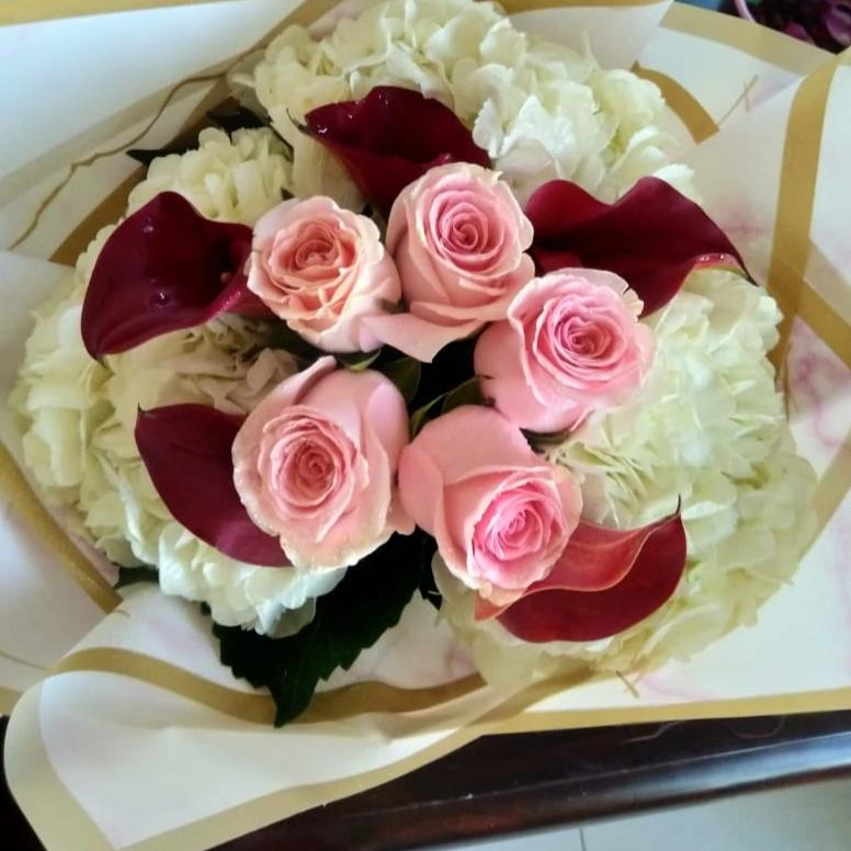Pink Rose, Calla and Hydrangea Bouquet - Arabian Petals