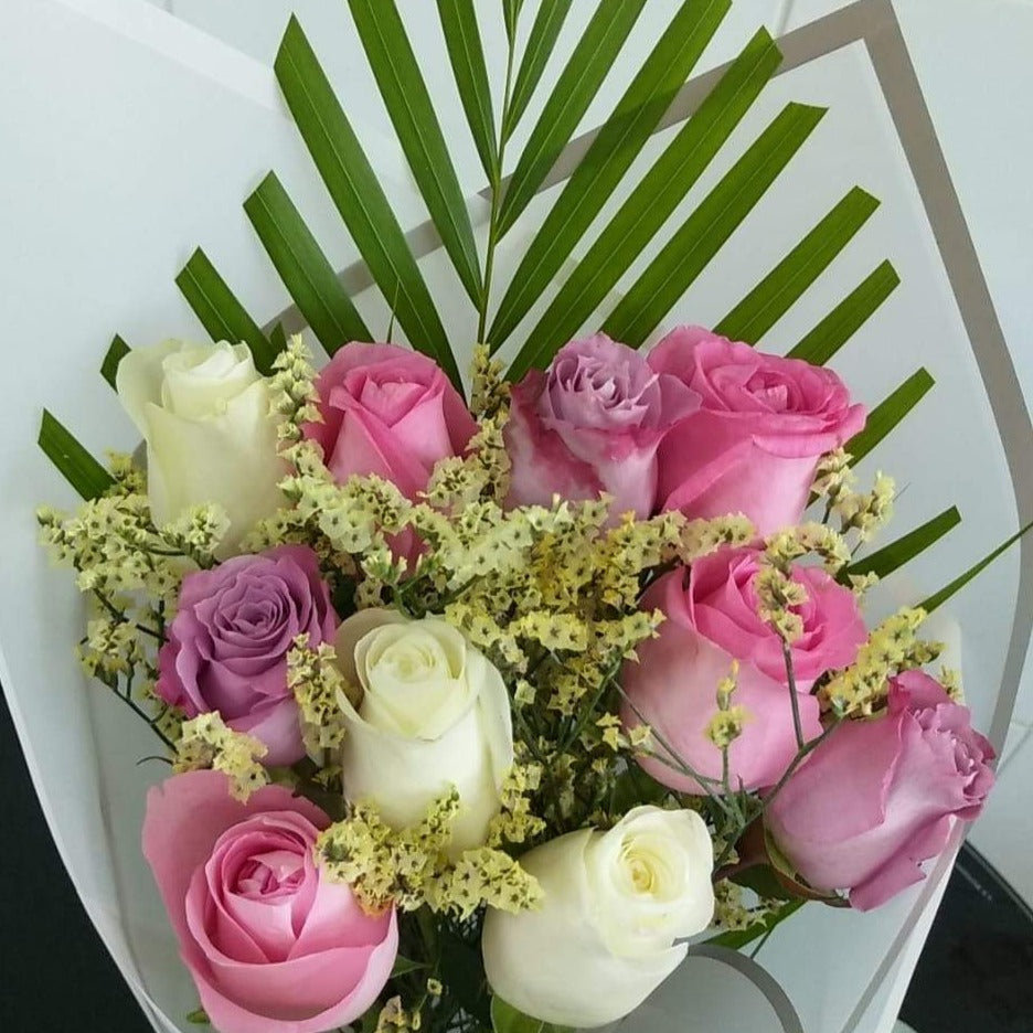 Mix Color Roses Bouquet - Arabian Petals