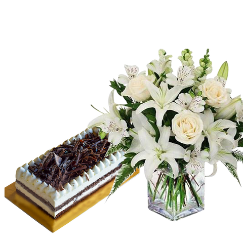 Noble Roses & Fudge Cake