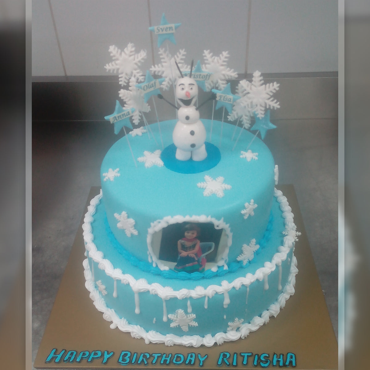 Olaf Photo Cake - Arabian Petals