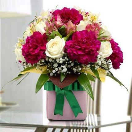 Gift Pack Of Flowers
