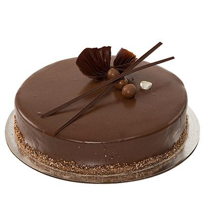 Yummy Chocolate Cake - Arabian Petals