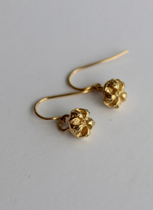 Manuka Earrings - Gold hooks