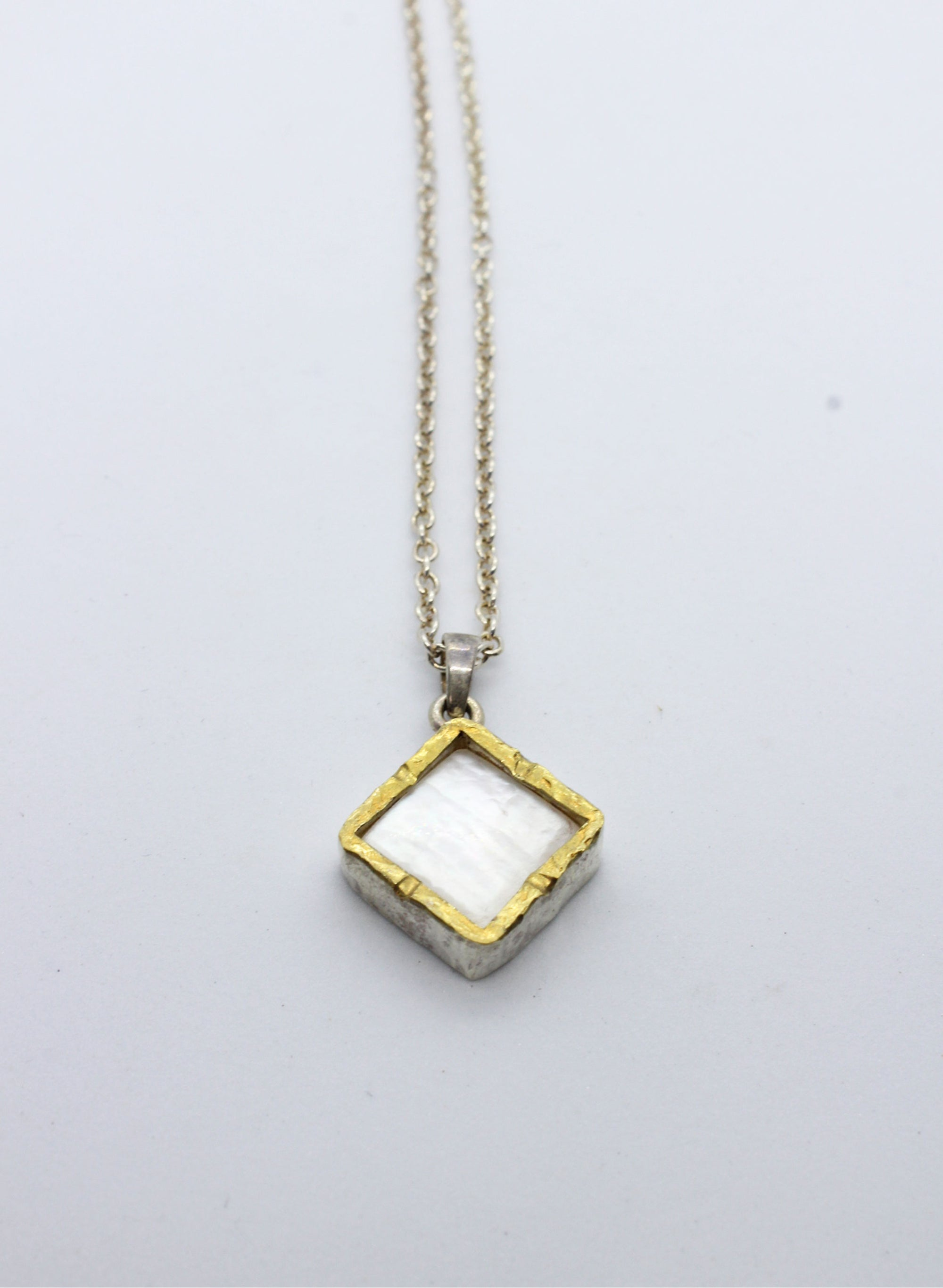 Diamond Mother of Pearl Necklace - Gold