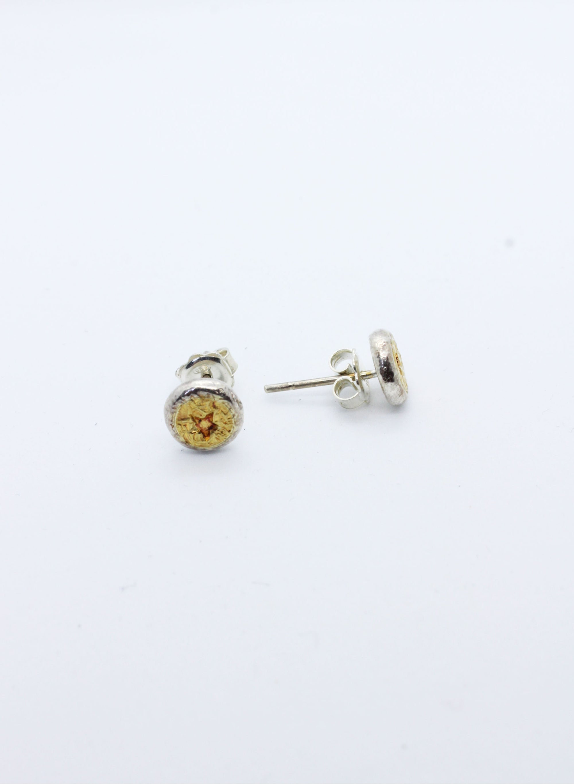Star and Texture Stud earrings
