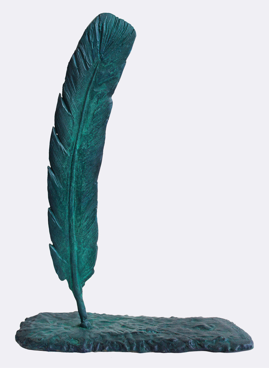 Curved Green Huia Feather