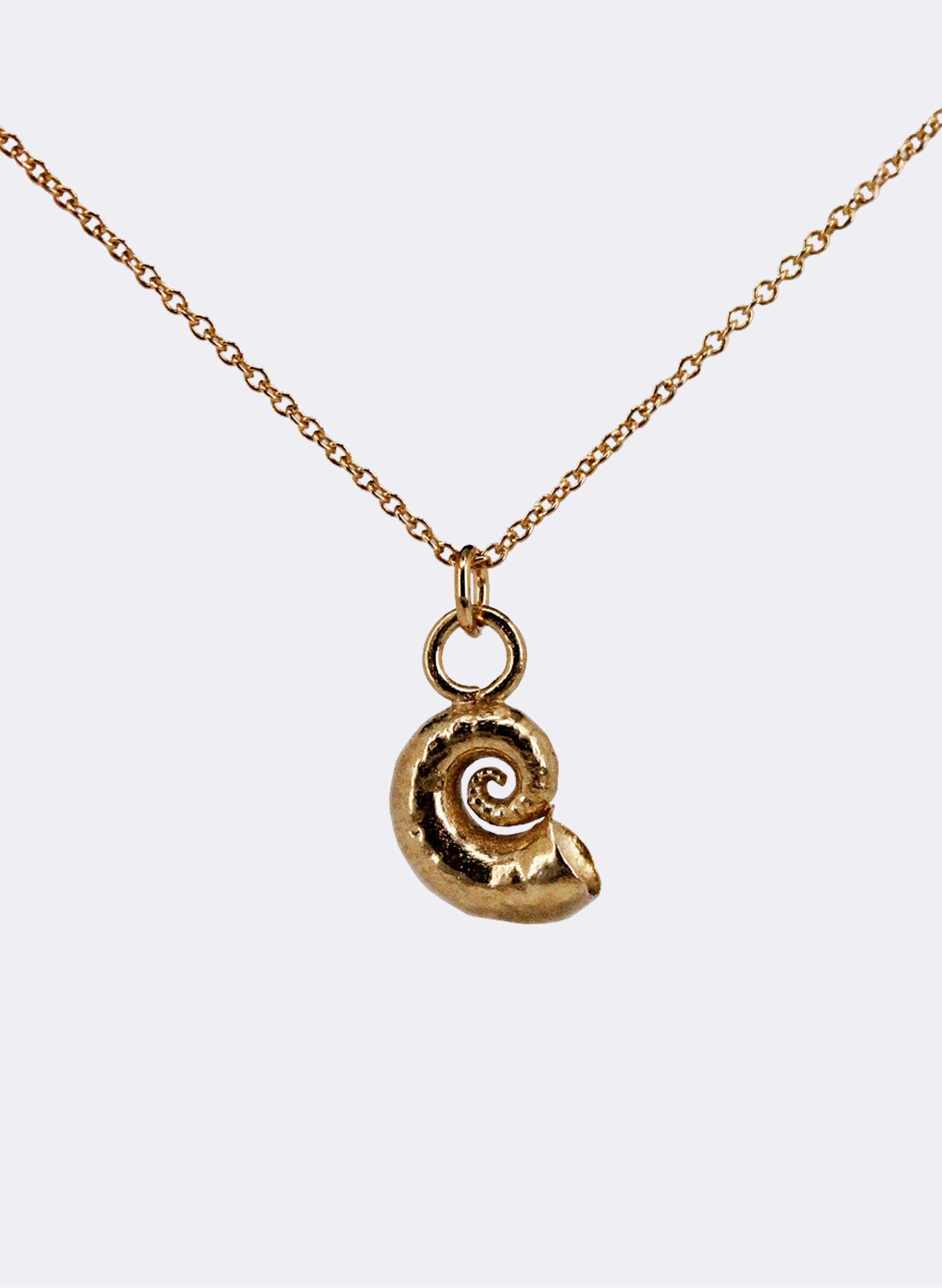 Spiral Shell Necklace - Yellow Gold