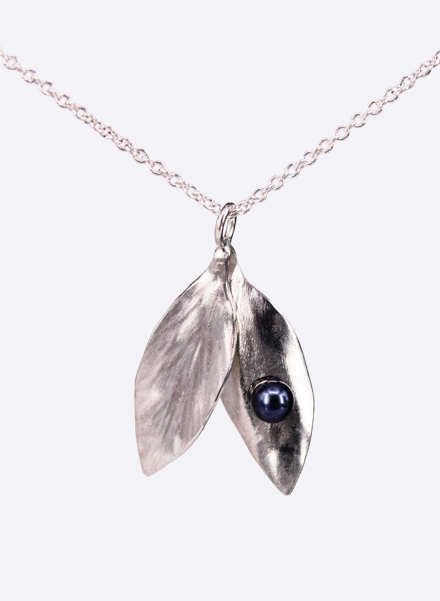 Open Double Leaf Pendant