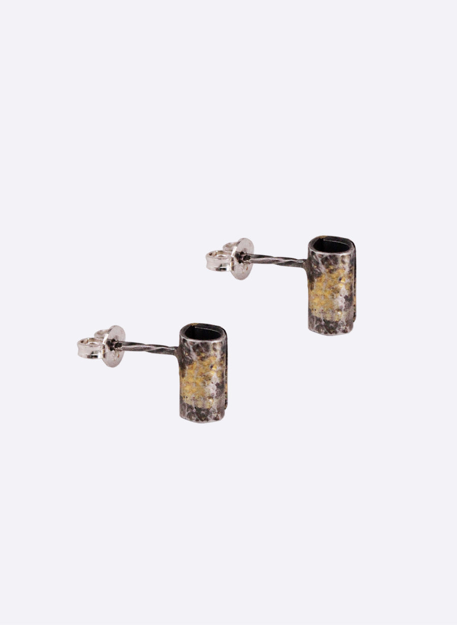 """Wrapped"" Cylindrical Studs"