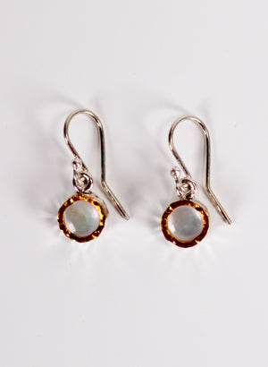 Round Mother of Pearl Earrings - Gold