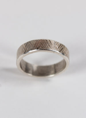 Cross Hatch Textured Ring