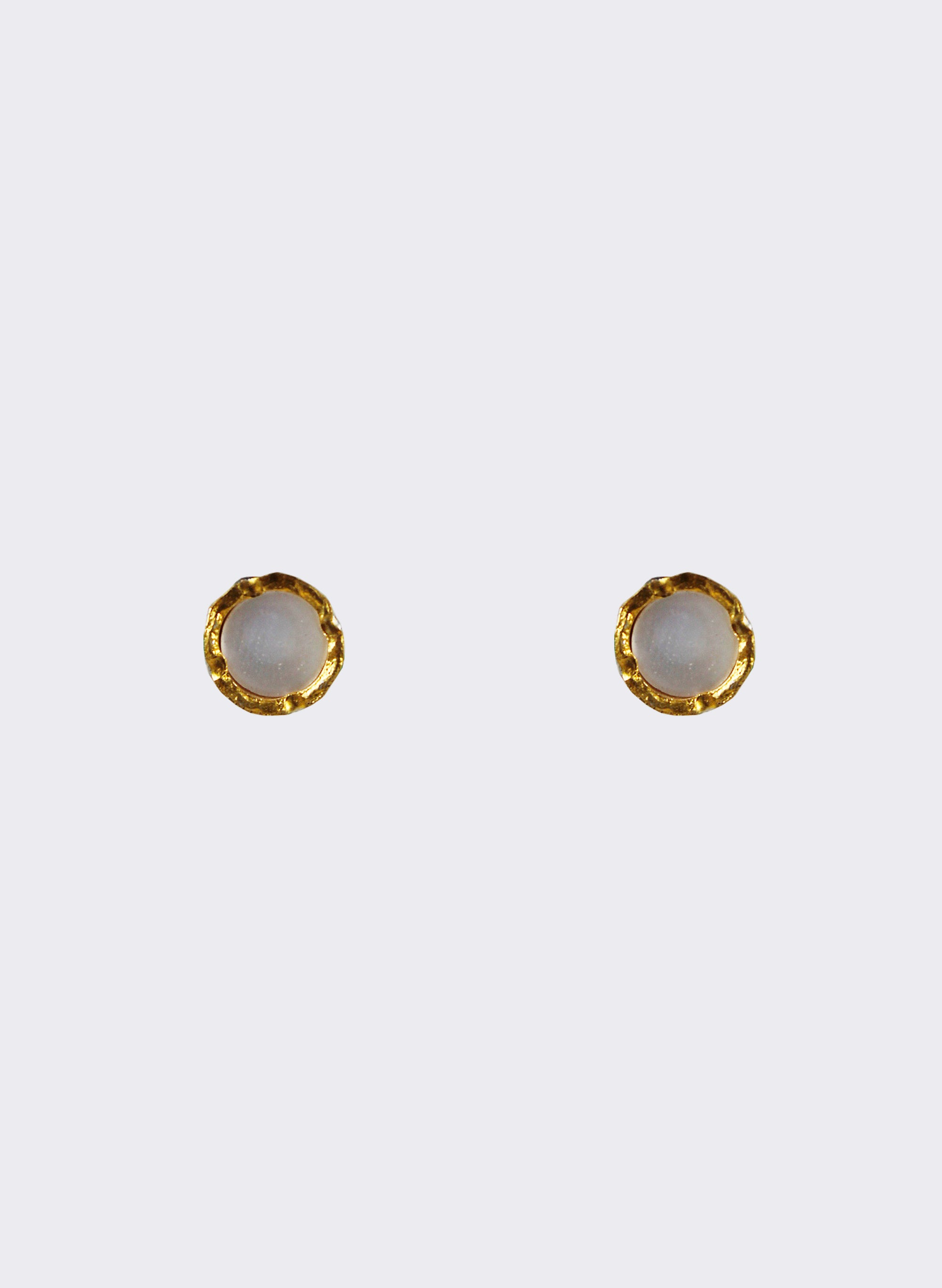 Round Mother Of Pearl Stud Earrings - Gold