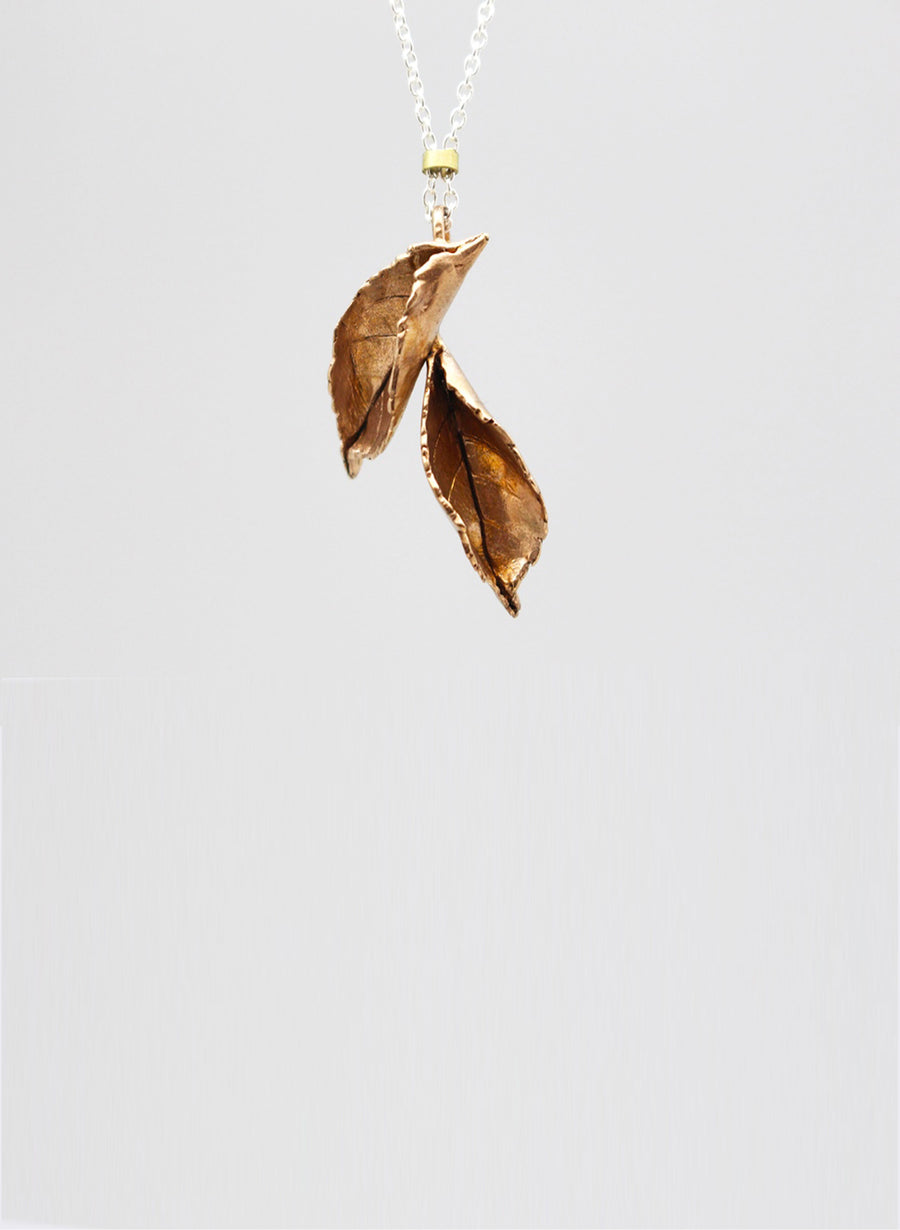 Double Rose Leaf Necklace - Bronze