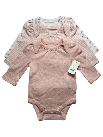 NEW set of 3 Gap onesies, 0-3 months