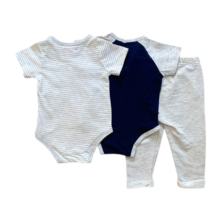 NEW 7 for All Mankind outfit set, 12 months