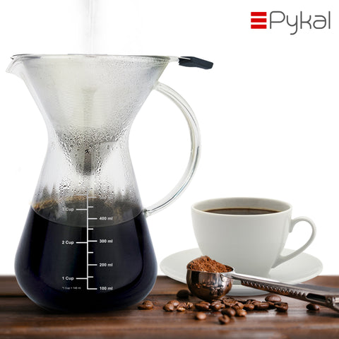pour over coffee maker with coffee