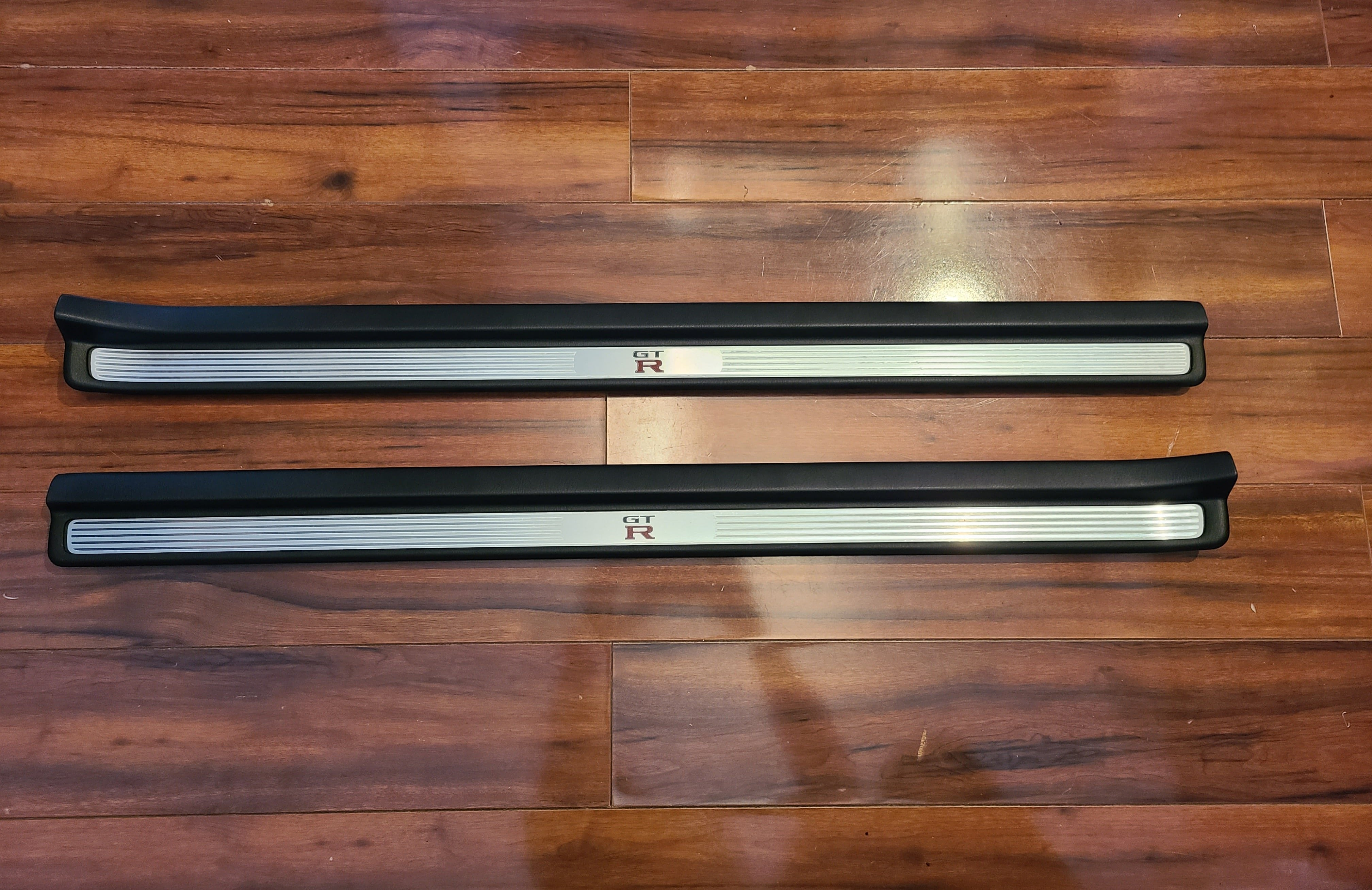R34 GTR Door Sill Cover Plate Set