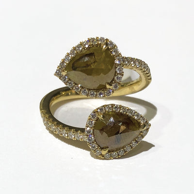 Kattan Double Pear Shape 14 K yellow