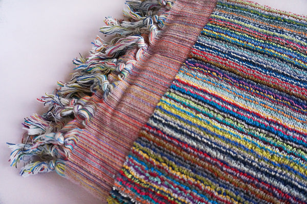 THE LOOM Bathtowel - 'Kas' Vibrant Lines