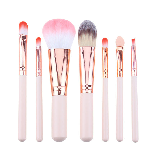 7Pcs/Set Professional Makeup Brushes Tool Face Foundation Powder Contour Concealer Blush