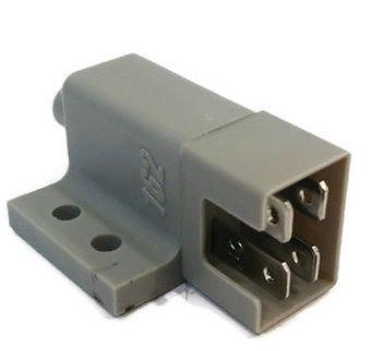 safety-switch-for-ferris-22095-5022095-howard-price-02-425-kees-101080-tractors