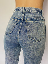 Load image into Gallery viewer, 80s acid high waisted jeans